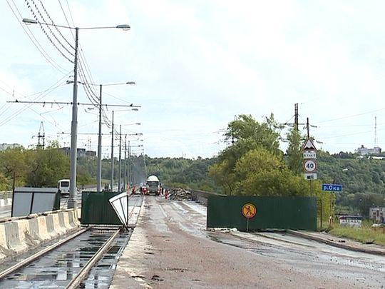 НаМолитовском мосту навсе 100% сняли старый асфальт